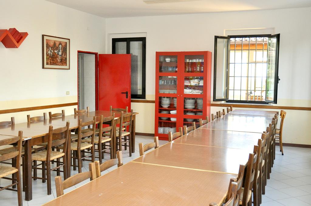 Siccomonte casa di preghiera san giovanni battista for Sala pranzo libreria
