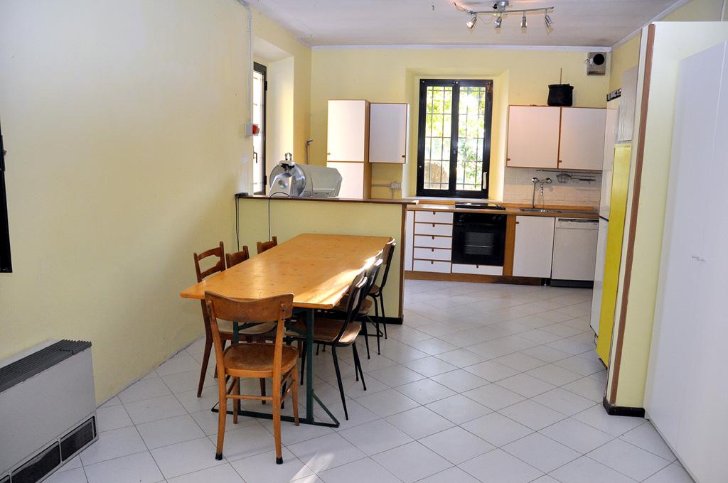 Siccomonte casa di preghiera san giovanni battista for Piccola sala da pranzo